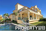 Semi detached villa in Marbella